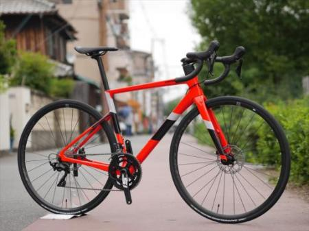 2020 SuperSix [スーパーシックス] EVO Carbon Disc 105